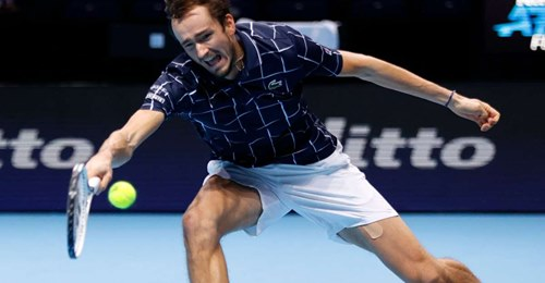 Daniil Medvedev rusKie beat NadaL semi finaLs ATP tour London O2 Arena