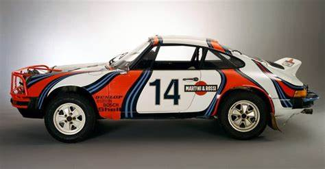 Porsche martini safari